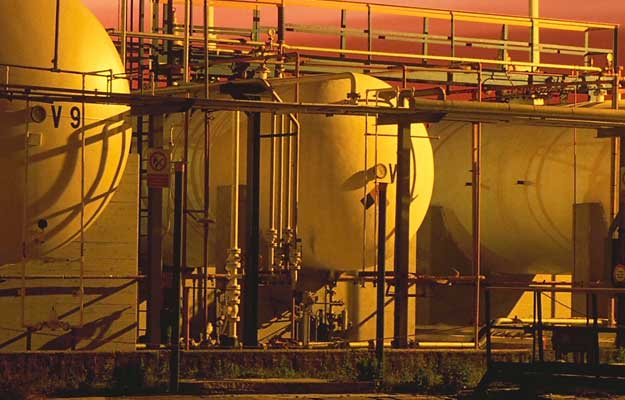 Image of oil conatiners for the Energy section